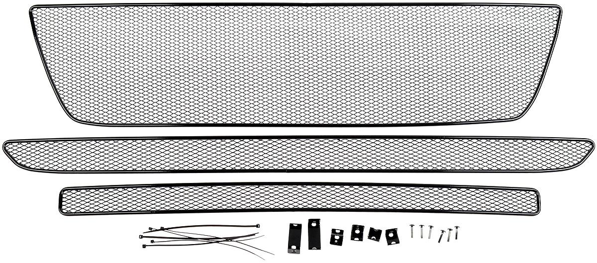 Сетка для защиты радиатора Novline-Autofamily, внешняя, для Peugeot Boxer (2015-), 3 шт01-410215-151Сетка для защиты радиатора Novline-Autofamily изготовлена из антикоррозионного материала, что гарантирует отсутствие ржавчины в процессе эксплуатации. Изделие устанавливается на штатную решетку переднего бампера автомобиля, защищая таким образом радиатор от попадания камней, крупных насекомых, мелких птиц. Простая установка делает это изделие необыкновенно удобным. В отличие от универсальных сеток, для установки которых требуется снятие бампера, то есть наличие специализированных навыков и дополнительного оборудования (подъемник и так далее), для установки этой сетки понадобится 20 минут времени и отвертка. Данный продукт разработан индивидуально под каждый бампер автомобиля. Внешняя защитная сетка радиатора полностью повторяет геометрию решетки бампера и гармонично вписывается в общий стиль автомобиля.