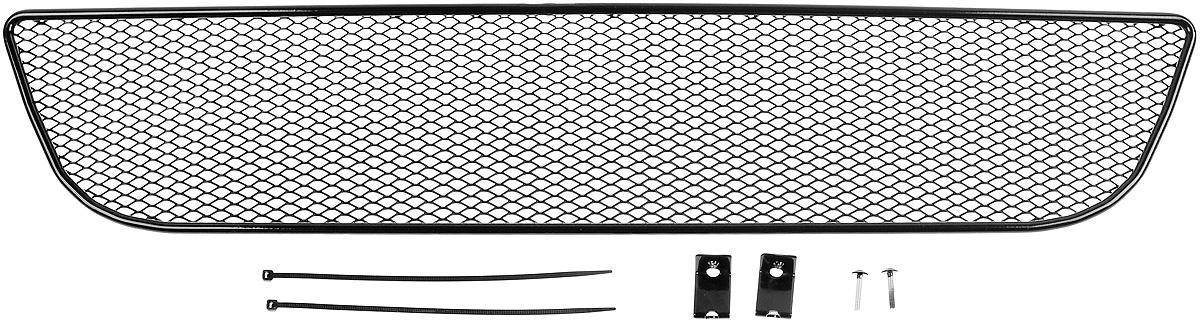 Сетка для защиты радиатора Novline-Autofamily, внешняя, для Daewoo Matiz (2014-)01-120114-151Сетка для защиты радиатора Novline-Autofamily изготовлена из антикоррозионного материала, что гарантирует отсутствие ржавчины в процессе эксплуатации. Изделие устанавливается на штатную решетку переднего бампера автомобиля, защищая таким образом радиатор от попадания камней, крупных насекомых, мелких птиц. Простая установка делает это изделие необыкновенно удобным. В отличие от универсальных сеток, для установки которых требуется снятие бампера, то есть наличие специализированных навыков и дополнительного оборудования (подъемник и так далее), для установки этой сетки понадобится 20 минут времени и отвертка. Данный продукт разработан индивидуально под каждый бампер автомобиля. Внешняя защитная сетка радиатора полностью повторяет геометрию решетки бампера и гармонично вписывается в общий стиль автомобиля.