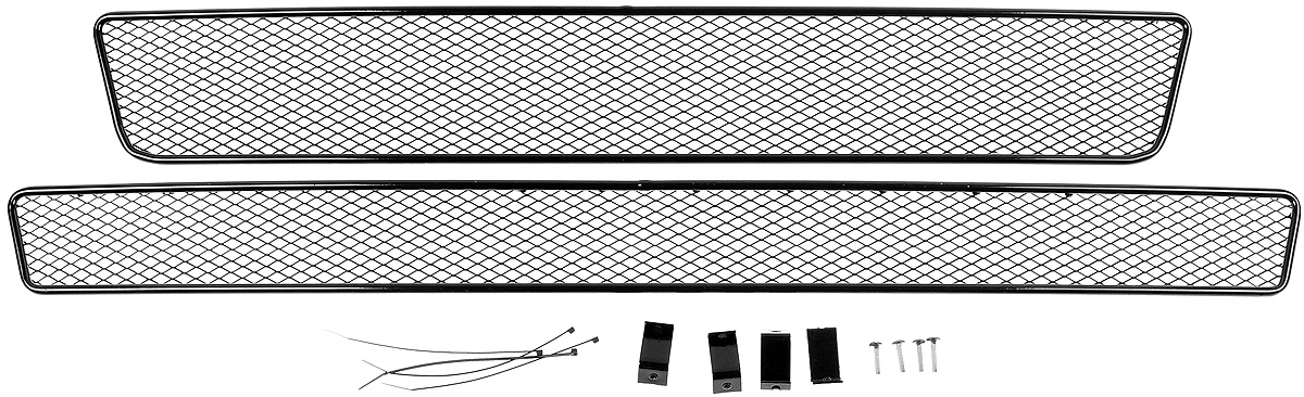 Сетка для защиты радиатора Novline-Autofamily, внешняя, для ГАЗель Next (2014-), 2 шт01-560214-15BСетка для защиты радиатора Novline-Autofamily изготовлена из антикоррозионного материала, что гарантирует отсутствие ржавчины в процессе эксплуатации. Изделие устанавливается на штатную решетку переднего бампера автомобиля, защищая таким образом радиатор от попадания камней, крупных насекомых, мелких птиц. Простая установка делает это изделие необыкновенно удобным. В отличие от универсальных сеток, для установки которых требуется снятие бампера, то есть наличие специализированных навыков и дополнительного оборудования (подъемник и так далее), для установки этой сетки понадобится 20 минут времени и отвертка. Данный продукт разработан индивидуально под каждый бампер автомобиля. Внешняя защитная сетка радиатора полностью повторяет геометрию решетки бампера и гармонично вписывается в общий стиль автомобиля.