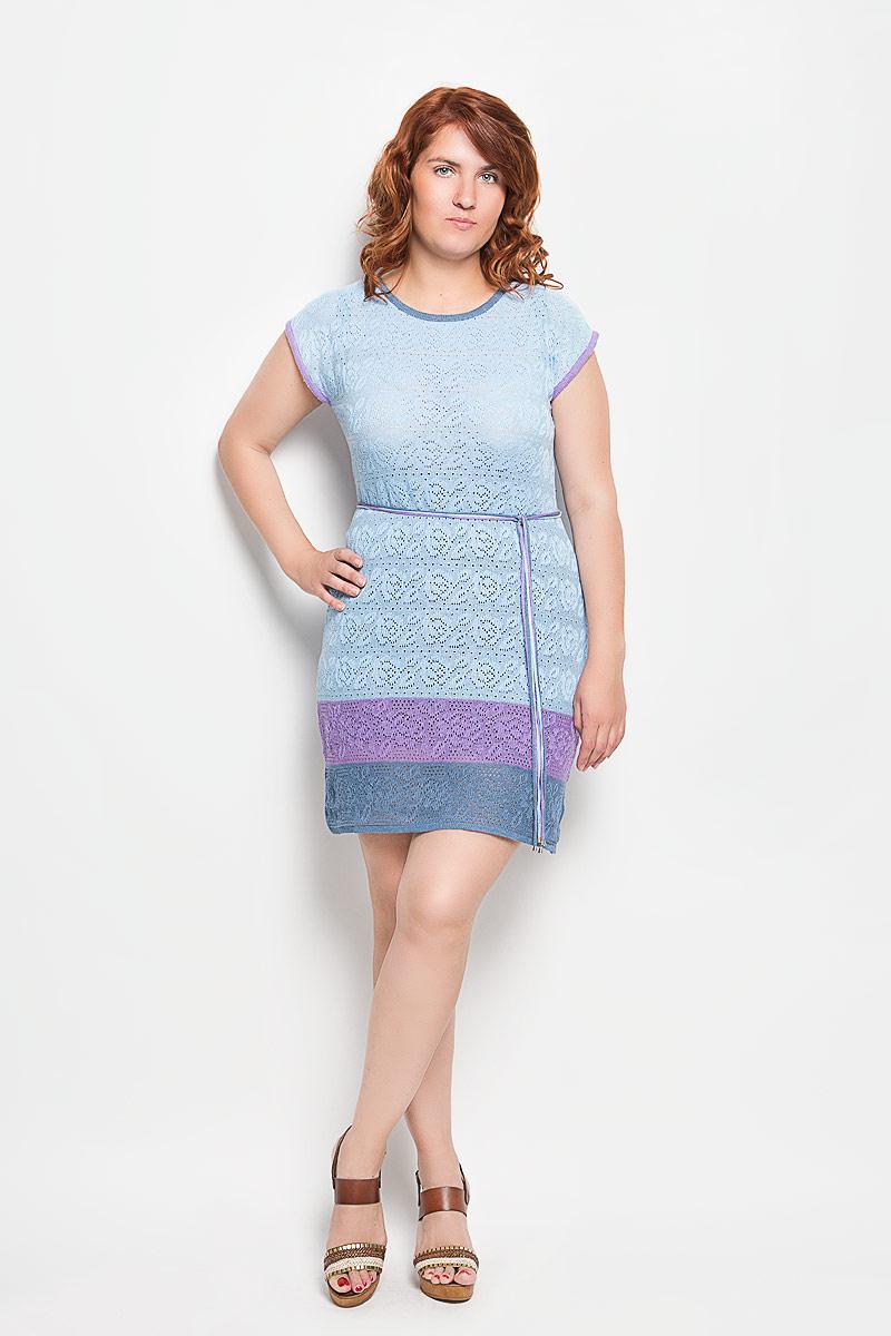 Платье Milana Style, цвет: голубой. w32. Размер M (46)w32Платье Milana Style поможет создать оригинальный женственный образ. Благодаря составу, в который входит хлопок и ПАН, платье легкое, очень приятное на ощупь, не сковывает движений, хорошо вентилируется.Модель с круглым вырезом горловины и короткими рукавами оформлена вязаным узором. На талии платье дополнено поясом, состоящим из трех разноцветных шнурков с металлической фурнитурой. Такое платье станет отличным дополнением к вашему гардеробу!