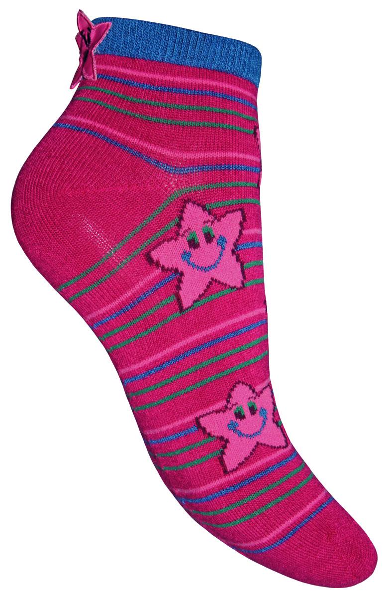 Носки для девочки Master Socks Sunny Kids, цвет: малиновый. 82610. Размер 1682610Детские носки Master Socks Sunny Kids изготовлены из высококачественных материалов. Ткань очень мягкая и тактильно приятная. Содержание бамбука в составе обеспечивает высокую прочность, эластичность и воздухопроницаемость. Изделие хорошо стирается, длительное время сохраняет привлекательный внешний вид. Эластичная резинка мягко облегает ножку ребенка, обеспечивая удобство и комфорт. Укороченная модель оформлена принтом в полоску и изображением забавных звездочек. Украшены носочки аппликацией в виде звездочек. Красивые и удобные носочки станут отличным дополнением к детскому гардеробу!Уважаемые клиенты!Размер, доступный для заказа, является длиной стопы.