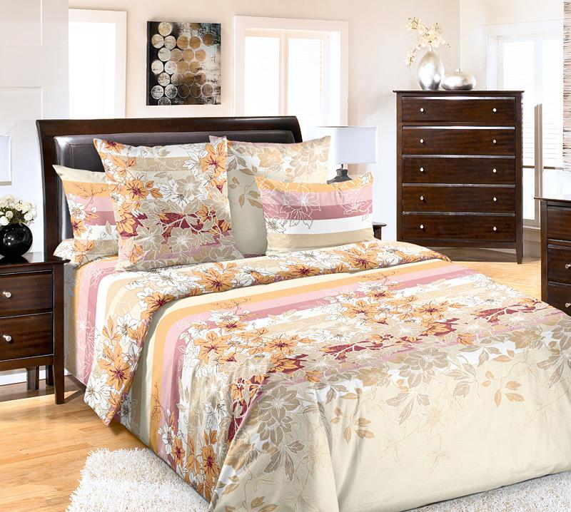 Комплект белья Primavera Бьюти, 2-спальный, наволочки 70x70, цвет: серо-оранжевый86819Наволочки с декоративным кантом особенно подойдут, если вы предпочитаете класть подушки поверх покрывала. Кайма шириной 5-10см с трех или четырех сторон делает подушки визуально более объемными, смотрятся они очень аккуратно, даже парадно. Еще такие наволочки называют оксфордскими или наволочками «с ушками».Сатин – прочная и плотная ткань с диагональным переплетением нитей. Хлопковый сатин по мягкости и гладкости уступает атласу, зато не будет соскальзывать с кровати. Сатиновое постельное белье легко переносит стирку в горячей воде, не выцветает. Прослужит комплект из обычного сатина меньше, чем из сатина повышенной плотности, но дольше белья из любой другой хлопковой ткани. Сатин приятен на ощупь, под ним комфортно спать летом и зимой.Производство «Примавера» находится в Китае, что позволяет сократить расходы на доставку хлопка. Поэтому цены на это постельное белье более чем скромные и это не сказывается на качестве. Сатин очень гладкий, мягкий, но при этом, невероятно прочный. Он прослужит вам действительно долго и не полиняет. Для нанесения рисунков используют только безопасные для окружающей среды и здоровья человека красители.