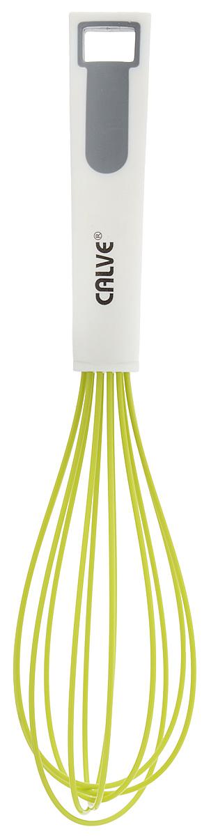 Венчик Calve, длина 27,5 смCL-1311Венчик Calve выполнен из силикона с металлическим сердечником. Предназначен длявзбивания молочной пены, соусов, десертов. Удобнаяручка из нейлона и пластика не позволит выскользнуть венчикуиз вашей руки, сделает приятным процессприготовления любого блюда. На ручке имеетсяотверстие, благодаря которому изделие можно подвесить влюбом удобном для вас месте. Практичный и удобный венчик Calve займет достойное место среди аксессуаровна вашей кухне.Можно мыть в посудомоечной машине.Длина венчика: 27,5 см.Размер рабочей поверхности: 15 х 6 см.