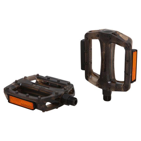 Педали Wellgo B109P. Х70258Х70258Высокопрочные цельные педали Wellgo B109P выполнены из прочного пластика с надежной композитной рамкой, и оснащены встроенными светоотражателями для безопасности. Прочная ось выполнена из стали.Противоскользящее резиновое покрытие сверху и снизу обеспечивает удобство.