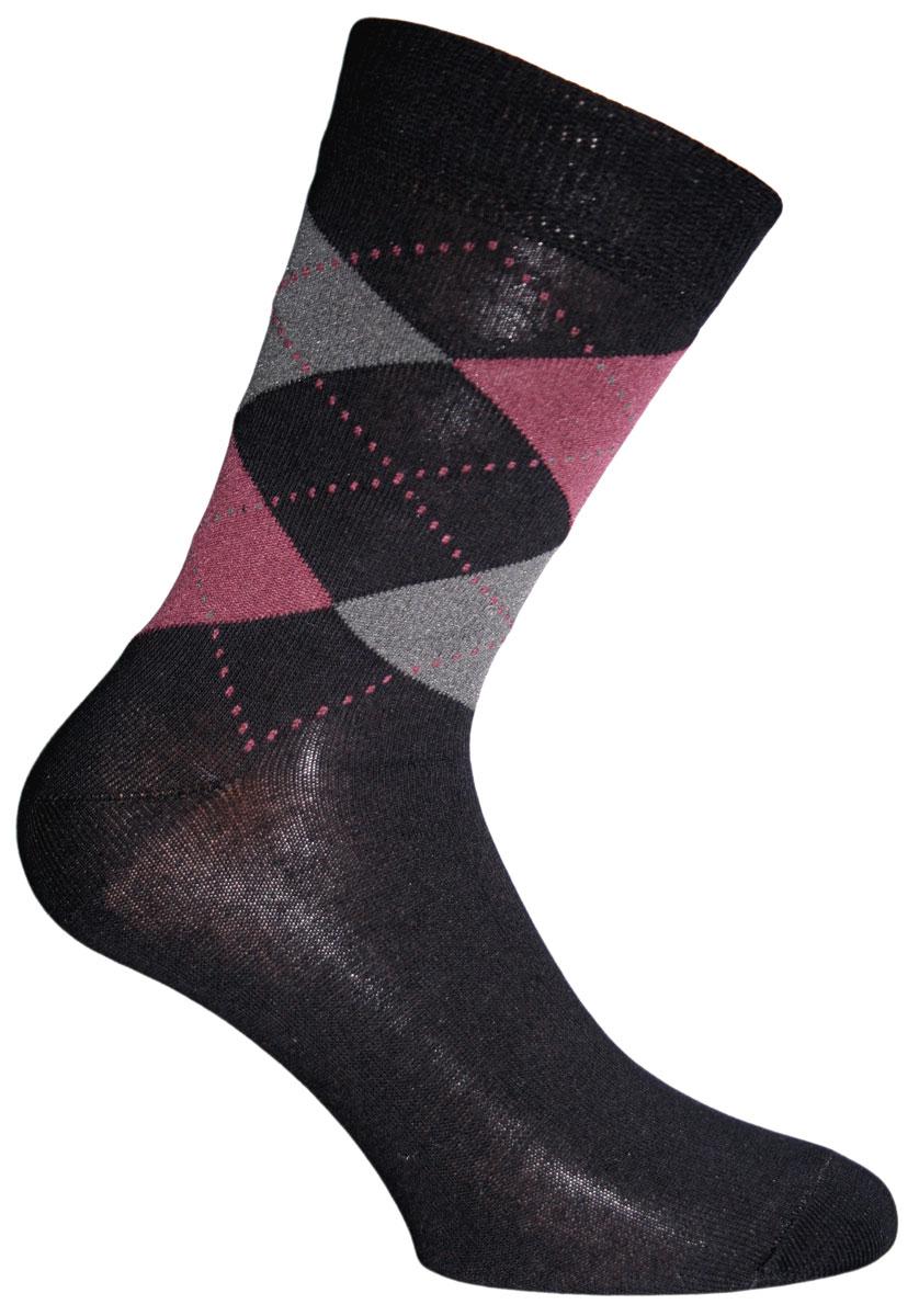 Носки мужские Master Socks, цвет: черный. 58032. Размер 2558032Удобные носки Master Socks, изготовленные из высококачественного комбинированного материала, очень мягкие и приятные на ощупь, позволяют коже дышать. Эластичная резинка плотно облегает ногу, не сдавливая ее, обеспечивая комфорт и удобство. Носки с паголенком классической длины оформлены орнаментом в ромбик. Практичные и комфортные носки великолепно подойдут к любой вашей обуви.