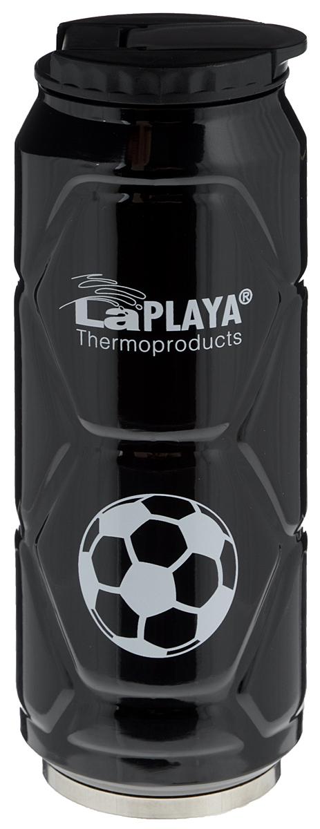 """Кружка-термос LaPlaya """"Football Can"""" идеально подходит для сохранения температуры горячих (6 часов) и холодных напитков (12 часов). Кружка имеет двойные стенки из нержавеющей стали и превосходную вакуумную изоляцию. Герметичная и гигиеничная крышка с клапаном легко открывается одной рукой. Изделие имеет компактные размеры, его легко размещать в большинстве автомобильных держателей стаканов или небольших сумках. При открывании стопор предотвращает резкий выход газов и расплескивание напитков. Кружка-термос идеальна для прохладительных газированных напитков. Изделие декорировано рельефом, изображением футболистов и надписью: """"Goal!"""".Диаметр горлышка: 6 см. Высота термоса: 19 см."""
