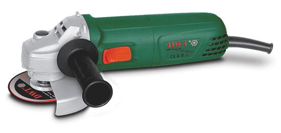 Шлифмашина угловая DWT WS08-125 VWS08-125 VУглошлифовальные машины DWT – современные, легкие в обращении и безопасные электроинструменты, позволяющие выполнять различные виды работ (резку, шлифовку, полировку, обработку щетками, использование в стационарном режиме и др.). Компактный дизайн позволяет вести работы одной рукой, а также работать в труднодоступных местах. Эта модель имеет регулятор скорости.Фиксатор шпинделя.Регулятор скорости.Металлический защитный кожух.Дополнительная рукоятка. Вес 2.05 кг