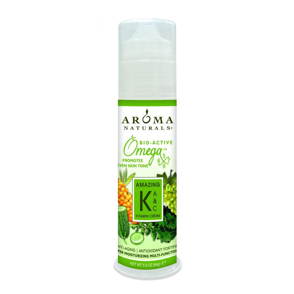 Aroma Naturals Крем с витамином К , 94 гAR95353Витамин К используется в сочетании с витамином Е (токотриенол) и витамином С (аскорбил фосфат), что усиливает его действие. Крем применяют в комплексном уходе за кожей с куперозом и розацеа, а также, в целях профилактики, при темных кругах под глазами, после избыточной инсоляции (для защиты капилляров), после пластических операций, химических и лазерных пилингов (способствует сокращению реабилитационного периода). Рассасывает мелкие гематомы на лице после уколов «красоты». Коэнзим Q10 является мощным антиоксидантом, поддерживает энергетический потенциал. Тиоктовая или альфа-липоевая кислота, способствует удержанию влаги в клетках эпидермиса, и влияет на выработку «правильного» коллагена. Возможно нанесение на поверхность бедер при наличии травмированной капиллярной сеточки.