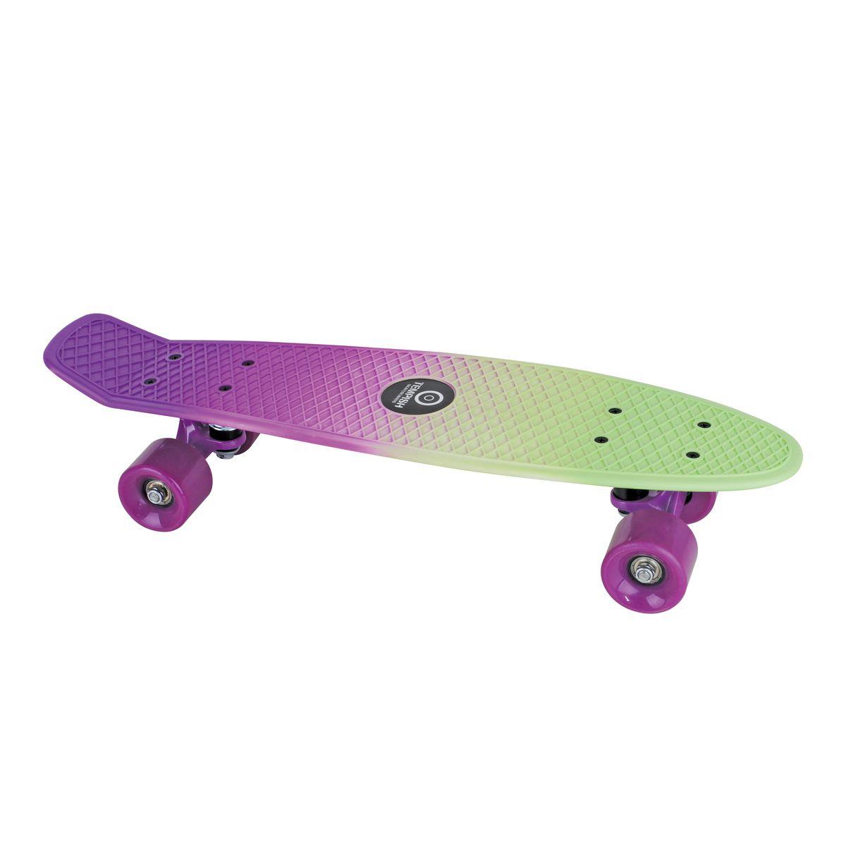 Скейтборд пластиковый Tempish Buffy Sweet, цвет: фиолетовый8592678058091Скейтборд Tempish Buffy Sweet - скейт для начинающих и продвинутых райдеров.Tempish - широкоизвестный в Европе чешский бренд спортивных товаров. Основные направления бренда - это инлайновые роликовые коньки, ледовые коньки и хоккейная амуниция, скейтборды.Скейтборды Tempish - это товары топ-уровня с современным дизайном и изготовленные по лучшим надежным технологиям согласно всем принятым нормам безопасности и качества!