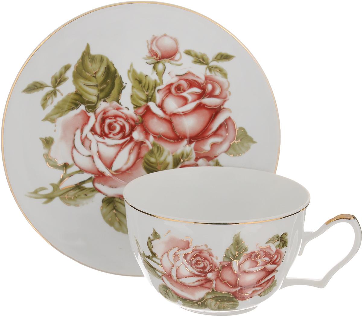 Чайная пара Loraine Цветок, 2 предмета24599Чайная пара Loraine Цветок выполнена извысококачественной керамики. Чашка и блюдцеукрашены ярким изображением цветов. Изящныйдизайн и красочность оформления придутся по вкусу иценителям классики, и тем, кто предпочитаетутонченность и изысканность.Чайная пара - идеальный и необходимый подарок длявашего дома и для ваших друзей в праздники, юбилеи иторжества. Она также станет отличным корпоративнымподарком и украшением любой кухни.Объем чашки: 250 мл.Диаметр чашки по верхнему краю: 9,5 см.Высота чашки: 6 см. Диаметр блюдца: 15 см.Высота блюдца: 2 см.