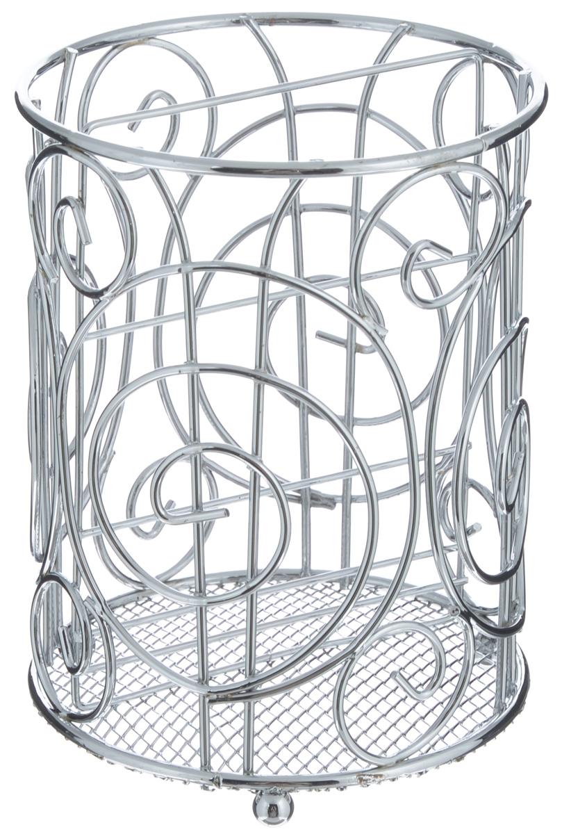 Подставка для столовых приборов Mayer & Boch, диаметр 12 см24296Оригинальная подставка для столовых приборовMayer & Boch представляет собой каркас, разделенный надве секции. Изделие выполнено из метала с хромированнойповерхностью. В нижней части находится металлическая сетка. Подставка оснащена тремя круглыми ножками, которыеобеспечивают ей устойчивость на любой поверхности.Красивая подставка для столовых приборов выполнена вфутуристическом дизайне. Она не займет много места, астоловые приборы будут всегда под рукой.Диаметр поставки: 12 см.Высота подставки: 16 см.