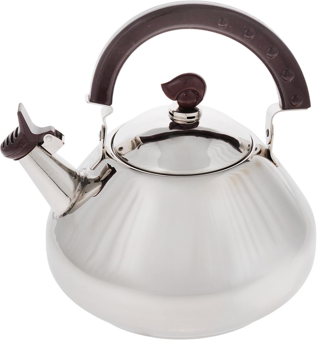 Чайник Mayer & Boch, со свистком, 2,6 л. 11011101Чайник Mayer & Boch изготовлен из высококачественной нержавеющей стали. Капсулированное дно с прослойкой из алюминия обеспечивает наилучшее распределение тепла. Носик чайника оснащен свистком, что позволит контролировать процесс подогрева или кипячения воды. Подвижная бакелитовая ручка имеет эргономичнуюформу, это дает дополнительное удобство при разлитии напитка. Чайник подходит для использования на всех типах плит, включая индукционные. Можно мыть в посудомоечной машине.Диаметр чайника по верхнему краю: 17,5 см.Высота чайника (без учета ручки и крышки): 11 см.