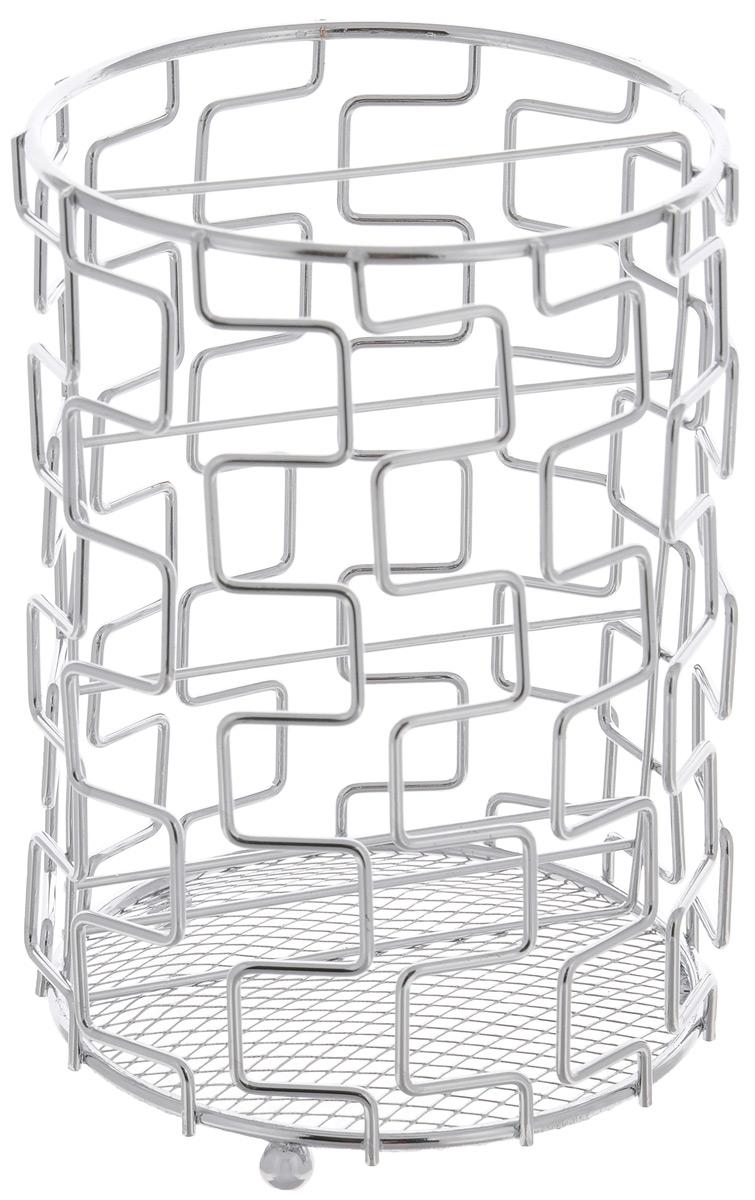 Подставка для столовых приборов Mayer & Boch, 11,5 х 11,5 х 17 см24295Подставка для столовых приборов Mayer & Boch, выполненная из металла с хромированной поверхностью, представляет собой каркас, разделенный на две секции. В нижней части находится металлическая сетка. Подставка оснащена тремя круглыми ножками, которые обеспечивают ей устойчивость на любой поверхности. Изделие для столовых приборов выполнено в футуристическом дизайне. оно не займет много места, а столовые приборы будут всегда под рукой. Диаметр поставки: 11,5 см. Высота подставки: 17 см.