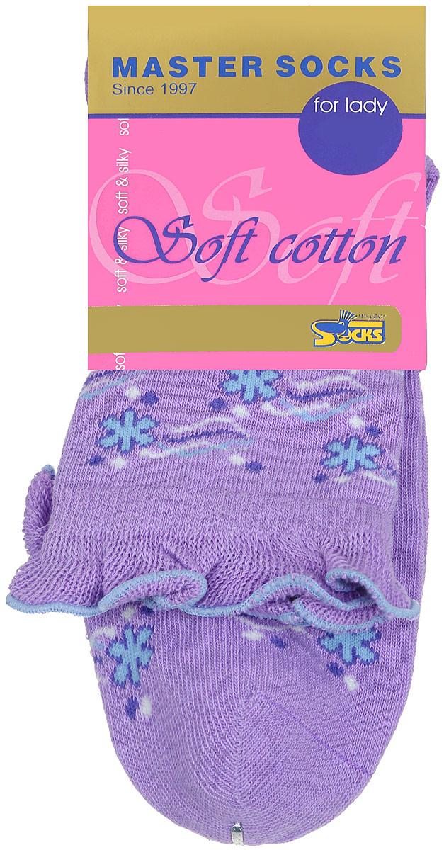 Носки женские Master Socks, цвет: сиреневый. 85008. Размер 2385008Удобные носки Master Socks, изготовленные из высококачественного комбинированного материала, очень мягкие и приятные на ощупь, позволяют коже дышать.Эластичная резинка плотно облегает ногу, не сдавливая ее, обеспечивая комфорт и удобство. Модель с стандартным паголенком оформлена оригинальным принтом, манжета изделия дополнена рюшами.Удобные и комфортные носки великолепно подойдут к любой вашей обуви.