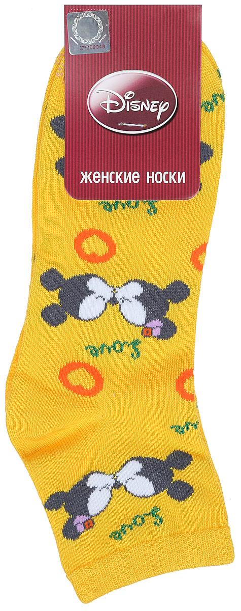 Носки женские Master Socks, цвет: желтый. 15861. Размер 2515861Удобные укороченные носки Master Socks, изготовленные из высококачественного комбинированного материала, очень мягкие и приятные на ощупь, позволяют коже дышать.Эластичная резинка плотно облегает ногу, не сдавливая ее, обеспечивая комфорт и удобство. Носки оформлены принтом с изображением героев мультфильма.Практичные и комфортные носки великолепно подойдут к любой вашей обуви.