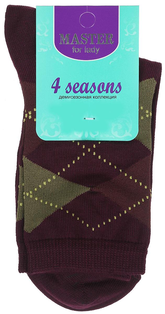 Носки женские Master Socks, цвет: сливовый. 55032. Размер 2355032Удобные носки Master Socks, изготовленные из высококачественного комбинированного материала, очень мягкие и приятные на ощупь, позволяют коже дышать. Эластичная резинка плотно облегает ногу, не сдавливая ее, обеспечивая комфорт и удобство. Носки с паголенком классической длины оформлены орнаментом в ромбик. Практичные и комфортные носки великолепно подойдут к любой вашей обуви.