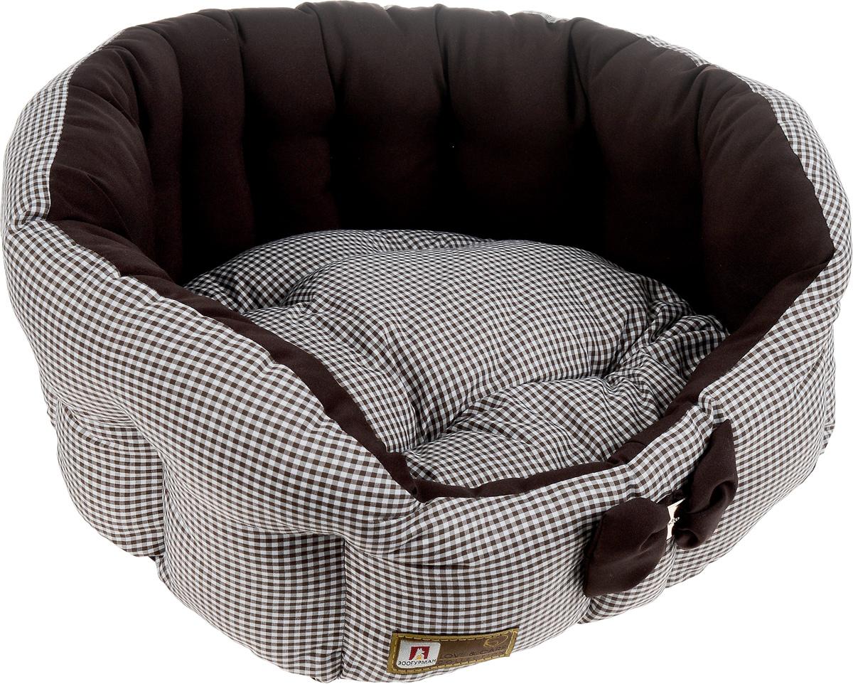 Лежак для собак и кошек Зоогурман Каприз, цвет: шоколадный, белый, диаметр 45 см2212_шоколадный, белый, мелкая клеткаМягкий и уютный лежак для кошек и собак Зоогурман Каприз обязательно понравится вашему питомцу. Лежак выполнен из нежного, приятного материала. Внутри - мягкий наполнитель, который не теряет своей формы долгое время.Внутри лежака теплый, съемный матрасик. Высокие борта лежака обеспечат вашему любимцу уют и комфорт. За изделием легко ухаживать, можно стирать вручную или в стиральной машине при температуре 40°С. Материал: микроволоконная шерстяная ткань.Наполнитель: гипоаллергенное синтетическое волокно. Наполнитель матрасика: шерсть.Диаметр: 45 см.Внутренний диаметр: 33 см.Высота бортиков: 18 см.Уважаемые покупатели! Обращаем ваше внимание, что дизайн декоративного элемента (бантика) может отличатся от представленного на фото.