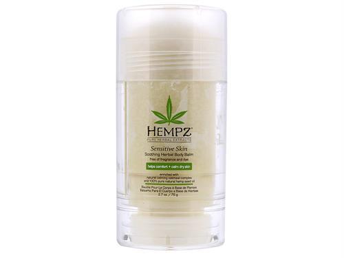 Hempz Бальзам для тела увлажняющий Чувствительная кожа Sensitive Skin Soothing Body Balm 76 г110-2242-03Бальзам-стик для максимального увлажнения и ухода за чувствительной кожей. Растительный экстракт овса, масло Ши, масло зёрен како и масло косточек манго активно увлажняют, разглаживают и успокаивают чувствительную кожу. Без красителей и парабенов. Без искусственных ароматов. Веган