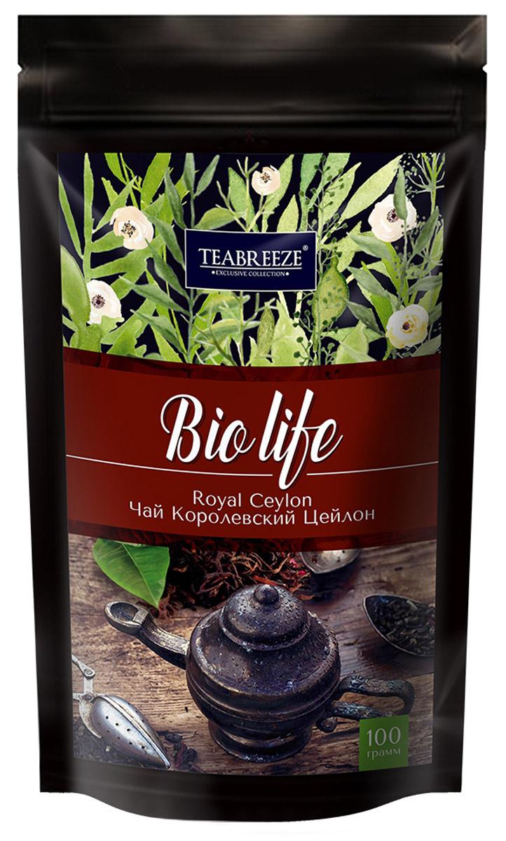 Teabreeze Королевский Цейлон черный листовой чай, 100 гTB 1206-100Чай Teabreeze Королевский Цейлон пришел к нам c высокогорий острова Цейлон (Шри-Ланка). Его характерный, слегка вяжущий вкус имеет ярко выраженный медовый оттенок. В богатой коллекции черных чаев он занимает особое место благодаря тонкому аромату, который источает золотистый чайный настой. Такое интересное и необычное для цейлонского чая свойство приобретается за счет добавления к высококачественному молодому листу нераспустившихся чайных почек, собранных жарким летом и дающих сильный аромат.