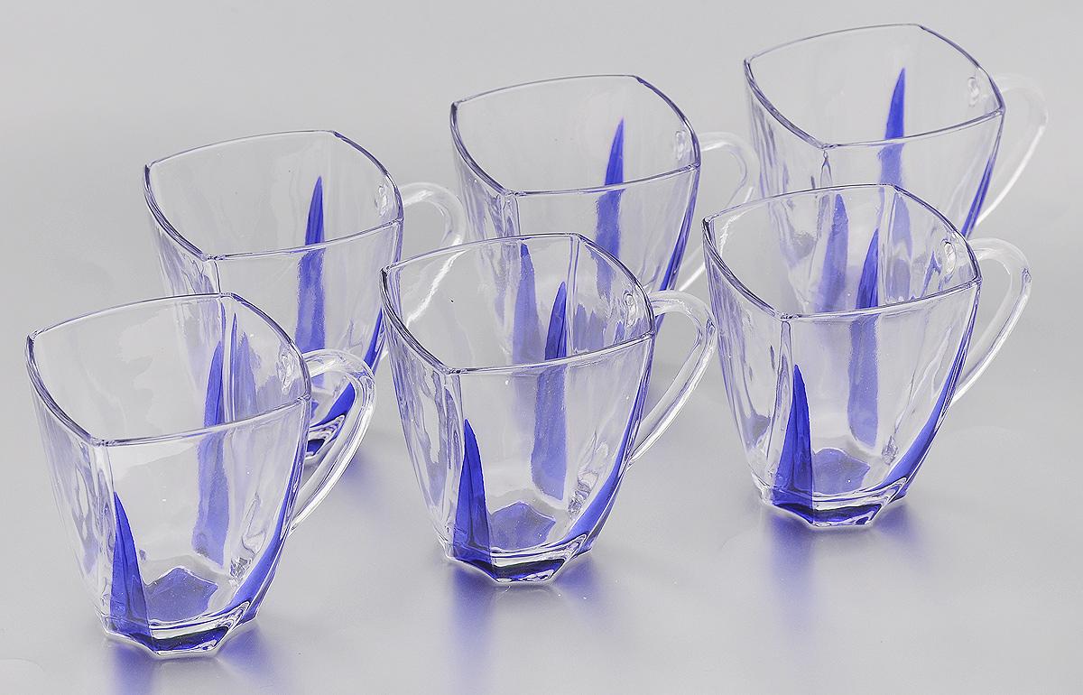 Набор чашек Loraine, цвет: прозрачный, синий, 180 мл, 6 шт24080Набор Loraine состоит из 6 чашек, выполненных из высококачественного стекла. Изделия, декорированные оригинальным рельефом, удобны и практичны в использовании. Они излучают приятный блеск и издают мелодичный звон. Чашки подходят для горячих и холодных напитков. Такой набор впишется в любой интерьер, а также станет отличным подарком на любой праздник. Не рекомендуется мыть в посудомоечной машине. Размер чашки (по верхнему краю): 6,9 х 6,9 см. Высота чашки: 7,9 см.