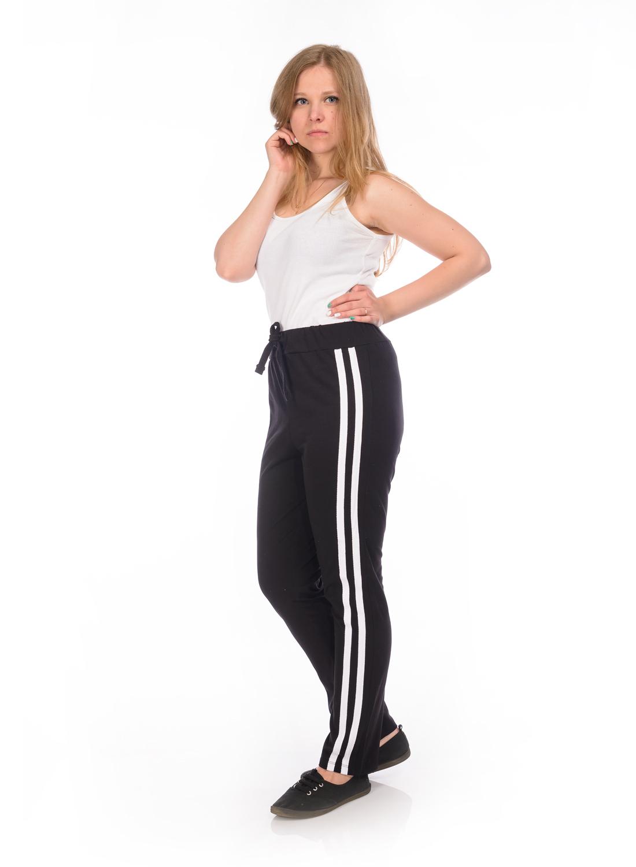Брюки спортивные женские RAV, цвет: черный. RAV02-004. Размер М (46)RAV02-004Женские спортивные брюки RAV идеально подойдут для активного отдыха или занятий спортом. Модель, изготовленная из эластичного хлопка, приятная на ощупь, не сковывает движения и хорошо пропускает воздух. Брюки на талии дополнены широкой эластичной резинкой со шнурком.
