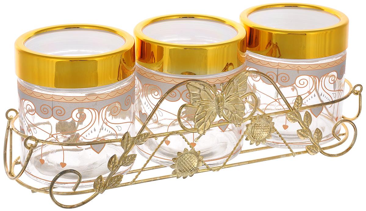 Набор банок для сыпучих продуктов Mayer & Boch, с подставкой, 4 предмета. 38083808Набор Mayer & Boch состоит из трех банок и металлической подставки. Предметы набора изготовлены из прочного стекла и декорированы оригинальными узорами. Банки снабжены пластиковыми крышками, которые плотно закрываются, дольше сохраняя аромат и свежесть содержимого. Изделия подходят для хранения сыпучих продуктов: круп, чая, специй, орехов, сахара, сухофруктов, соли и многого другого. Функциональный и вместительный, такой набор станет желанным подарком для любой хозяйки. Диаметр банки (по верхнему краю): 10 см.Высота банки (без учета крышки): 12 см.Размер подставки: 37,5 х 13 х 11 см.