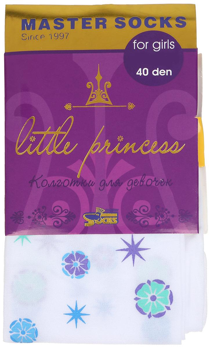 Колготки для девочки Master Socks Little Princess 40, цвет: белый. 81410. Размер 122/12881410Классические детские колготки Master Socks Little Princess 40 изготовлены специально для девочек.Колготки средней плотности с цветочным узором имеют широкую резинку и комфортные мягкие швы. Элегантные и комфортные, эти колготки равномерно облегают ножки, не сдавливая и не доставляя дискомфорта. Эластичные швы и мягкая резинка на поясе не позволят колготам сползать и при этом не будут стеснять движений. Входящие в состав ткани полиамид и эластан предотвращают растяжение и деформацию после стирки. Классические колготки - это идеальное решение на каждый день для прогулки, школы, яслей или садика. Такие колготки станут великолепным дополнением к гардеробу вашей красавицы.