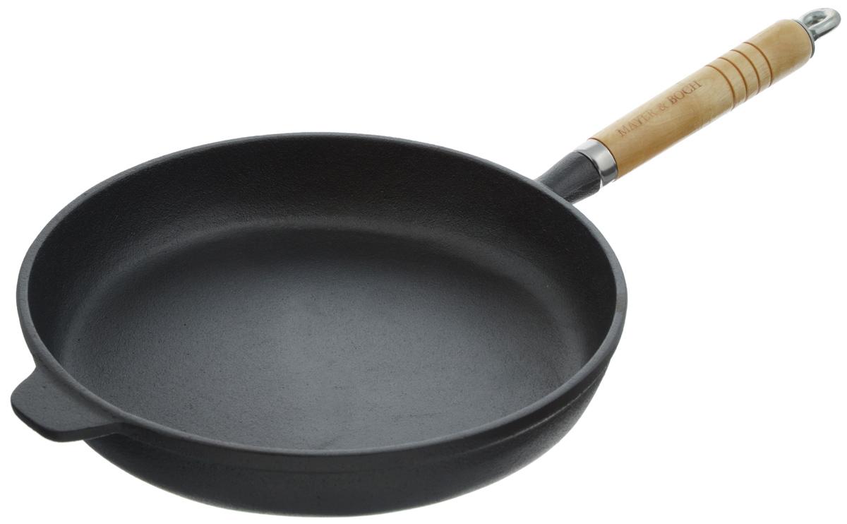 Сковорода чугунная Mayer & Boch. Диаметр 25 см. 2052220522Сковорода чугунная Mayer & Boch изготовлена из чугуна - традиционного высокопрочного и экологически чистого материала. Высокая теплоемкость чугуна позволяет ему сильно нагреваться и медленно остывать, что обеспечивает равномерное приготовление пищи и долгое сохранение тепла. Это позволяет приготовляемым блюдам испытывать эффект русской печи, при котором блюдо не просто нагревается до определенной температуры, но и томится. Естественные антипригарные свойства со временем только усиливаются - пища в такой посуде практически не пригорает. Чугун не вступает в реакцию с пищей в процессе ее приготовления. Сковорода идеально подходит для приготовления блинов и других жареных блюд. Съемная ручка выполнена из бука. Подходит для использования на всех типах плит, включая индукционные. Не подходит для мытья в посудомоечной машине. Сковороду без ручки можно использовать в духовке. Диаметр сковороды (по верхнему краю): 25 см. Высота стенки: 4,5 см. Длина ручки: 16 см. Уважаемые клиенты! Для сохранения свойств посуды из чугуна и предотвращения появления ржавчины чугунную посуду мойте только вручную, горячей или теплой водой, мягкой губкой или щёткой (не металлической) и обязательно вытирайте насухо. Для хранения смазывайте внутреннюю поверхность посуды растительным маслом, а перед следующим применением хорошо накалите посуду.