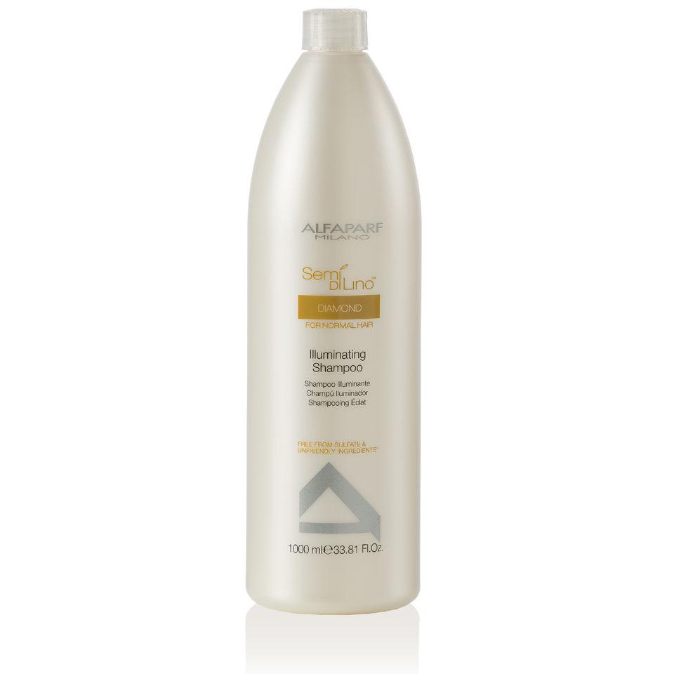 Alfaparf Шампунь для нормальных волос, придающий блеск Semi Di Lino Diamond Illuminating Shampoo 1000 мл9993Alfaparf Semi Di Lino Diamond Illuminating Shampoo Шампуньдлянормальныхволос , придающийблеск придаёт волосам великолепный блеск, очищает их и защищает от любых вредных воздействий окружающей среды. В составе шампуня Альфапарф SDL Diamond Illuminating находится экстракт льна, который оказывает на волосы восстанавливающее действие и благоприятно действует на кожу, комплекс Color Fix, разработанный для эффективного сохранения интенсивности цвета волос, а также микрокристаллы алмаза, с помощью которого волосы приобретают прекрасное сияние и становятся шелковистыми. Шампунь Alfaparf не только очищает волосы, но и делает их мягкими и эластичными, облегчая расчёсывание. Шампунь Alfaparf SDL Illuminating для нормальных волос наделяет волосы блеском и здоровьем и не содержит в составе сульфатов и парабенов.Подходит для типов волос: нормальных и окрашенных.