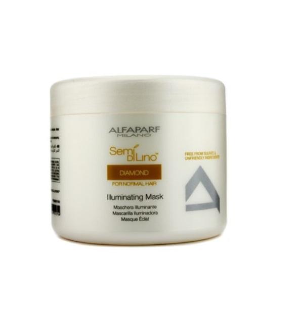 Alfaparf Маска для нормальных волос, придающая блеск Semi Di Lino Diamond Illuminating Mask 500 мл9997Alfaparf Semi DiLino Diamond Illuminating Mask Маска для нормальных волос, придающая блеск разработана специально для поддержания здоровья волос на новом уровне. Средство обеспечивает эффективное оживление волос, придаёт волосам отличный блеск, защищает и усиливает интенсивность цвета волос, способствует нормализации витаминного баланса. В состав маски для нормальных волос Альфапарф SDL Diamond входит экстракт семени льна и комплекс для защиты цвета, которые борются с вымиранием и выгоранием волос. Витамины A, E, F обладающие антиоксидантными свойствами, благоприятно влияют на здоровье волос. Уже после первого применения маски Alfaparf Диамонд Illuminating Mask волосы станут намного более крепкими и устойчивыми к вредному влиянию окружающей среды.