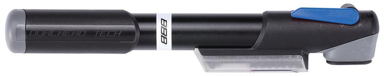 Велонасос BBB WindGun S. BMP-57BMP-57BBB WindGun S имеет корпус, выполненный из прочного алюминия 6063 T6. Встроенный манометр отображает давление как в Bar, так и psi. Металлический плунжер обеспечивает быстрое накачивание большого объема воздуха. Насос оснащен насадкой DualHead с фиксатором под большой палец. Колпачок предохраняет ниппели от загрязнения. Рукоятка снабжена механизмом фиксации. Это позволяет сделать конструкцию стабильнее и прикладывать к насосу большее усилие. Той же цели служит и фиксация рукоятки под определенным углом, наилучшим образом соответствующим положению рук. Свободная от разметки уменьшенная зона манометра для лучшей считываемости его показаний. Рычаг, фиксирующий насос на ниппеле, обладает улучшенной обратной связью, чтобы вы были уверены, что головка шланга действительно надежно закреплена на ниппеле. Вместо нанесенного краской изображения о необходимости блокировки головки, это напоминание теперь рельефно выступает на рычаге. Подходит для ниппелей Presta, Schrader и Dunlop.Длина насоса: 25 см.