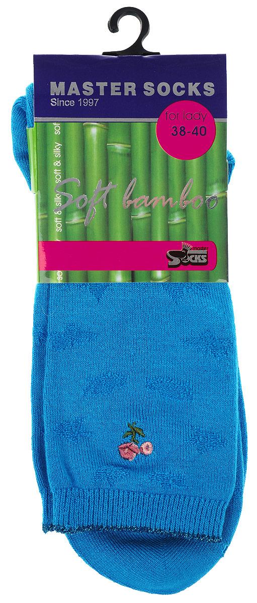 Носки женские Master Socks, цвет: лазурь. 85608. Размер 2585608Удобные носки Master Socks, изготовленные из высококачественного комбинированного материала, очень мягкие и приятные на ощупь, позволяют коже дышать.Эластичная резинка плотно облегает ногу, не сдавливая ее, обеспечивая комфорт и удобство. Носки дополнены полупрозрачным орнаментом и оформлены вышивкой в виде цветка.Практичные и комфортные носки великолепно подойдут к любой вашей обуви.