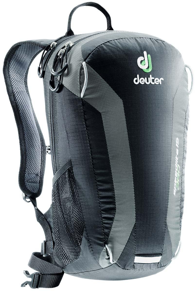 Рюкзак Deuter Speed lite 15, цвет: черный, темно-серый, 15 л33111_7410Сверхлегкий спортивный рюкзак Deuter Speed lite 15 для быстроногих атлетов. Вы почти не почувствуете его вес во время гонок по горам, соревнований, велосипедных марафонов, катаясь на равнинных лыжах, и даже просто догоняя уходящий автобус, эргономичные плечевые лямки целиком выполнены из объемной дышащей сетки 3D Air,Mesh для экономии веса. Оригинальная V-образная форма обеспечивает максимальную свободу движений и размещает нагрузку именно там, где она должна быть, между плеч. Молнии с удобными петлями для пальцев на замках, передний карман, усиленное дно, отражатель 3М, боковые сетчатые карманы позволяют легко достать калорийное питание или флягу с питьем.