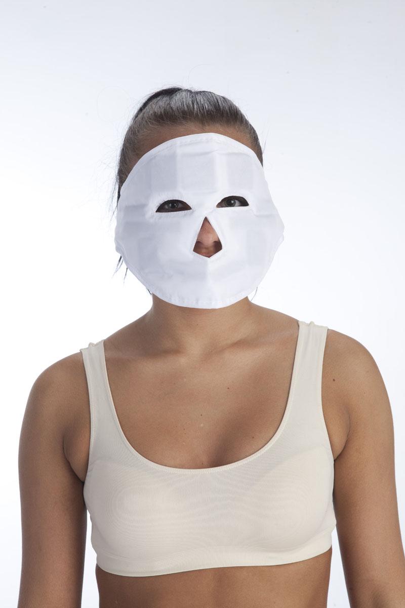 BRADEX Маска молодости магнитная КЛЕОПАТРАKZ 0007Если у Вас не хватает времени или средств на регулярное посещение элитных косметических салонов, то с помощью уникальной магнитной маски КЛЕОПАТРА Вы сможете приобрести идеальную кожу в домашних условиях. Маска состоит из дышащей ткани, в которую вставлены 11 эластомагнитов, расположенных на уровне активных биологических точек. Оказывает комплексное воздействие на состояние кожи лица: уже через несколько сеансов применения Вы заметите, что Ваша кожа стала более гладкой, новые морщины не появляются, а старые постепенно разглаживаются.- Удобная застежка позволяет маске КЛЕОПАТРА плотно прилегать к коже для полноценного ухода за лицом.- Изготовленная из мягкого нейлона, маска КЛЕОПАТРА подарит Вам комфортное ношение, а Вашей коже – приятное прикосновение.Комплектация: маска, инструкция по применению. Размер: 67Х16,5см Материал: нейлон, магниты.