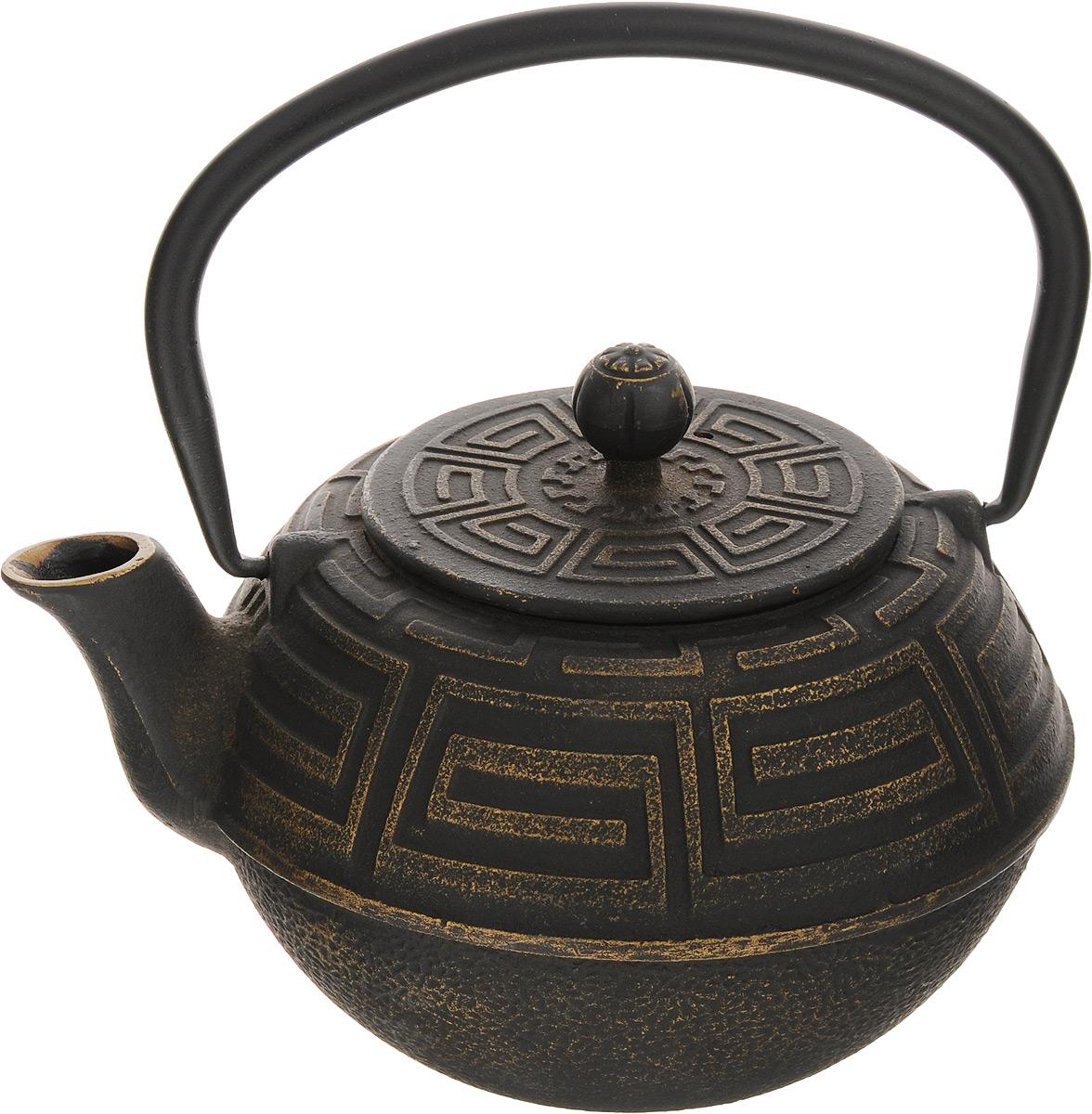 Чайник заварочный Mayer & Boch, чугунный, с фильтром, 1,5 л23696Заварочный чайник Mayer & Boch изготовлен из чугуна высокого качества. Внешние стенки изделия оформлены изысканным рельефом.Чугунный чайник дольше других удерживает тепло. Вода в нем будет оставаться горячей и пригодной для заваривания чая в течение часа.Кремнийорганический термостойкий лак предотвращает появление ржавчины. Чайник оснащен чугунной подвижной ручкой и съемным фильтром из нержавеющей стали, который задерживает заварку и предотвращает ее попадание в чашку. Заварочный чайник Mayer & Boch украсит любую чайную церемонию, а также станет прекрасным подарком на любое торжество. Диаметр чайника (по верхнему краю): 9 см. Высота чайника (без учета крышки и ручки): 9,5 см. Высота чайника (с учетом ручки): 18 см. Диаметр фильтра (по верхнему краю): 8,7 см.Высота фильтра: 6 см.