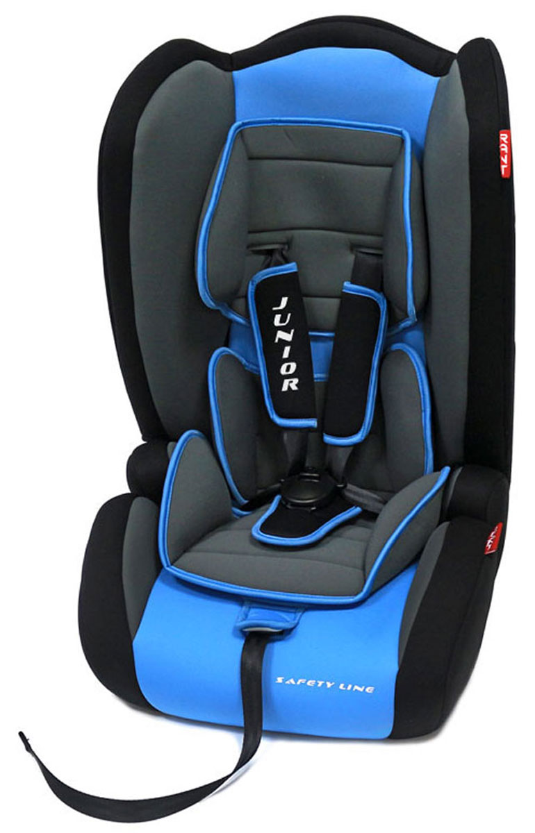 Rant Автокресло Junior цвет синий от 9 до 36 кг4630008874479Универсальное автокресло Rant Junior предназначено для детей весом от 9 до 36 кг (ориентировочно с 10 месяцев до 12 лет). Кресло совмещает в себе функции 3-х групп (1-2-3). Оно удобно при переходе из одной группы в другую, когда ребенок вырос из одной группы, но мал для другой.Особенности: Сиденье удобной формы с мягким вкладышем делает кресло комфортным и безопасным для детей. Боковая защита обезопасит ребенка от ударов при боковых столкновениях. Автокресло оснащено пятиточечными ремнями безопасности с мягкими плечевыми накладками (уменьшают нагрузку на плечи малыша). Накладки обеспечивают плотное прилегание и надежно удержат малыша в кресле в случае ударов. Ремни имеют увеличенную длину, что удобно для крупных детей или в зимний период времени, когда ребенок в объемной одежде. Ремни легко регулируются под рост ребенка при помощи регулятора, расположенного на передней части сиденья. Когда ребенок будет весить 15-18 кг, необходимость в спинке автокресла отпадает, спинка легко снимается и автокресло трансформируется в полноценный бустер. Ребенок размещается в бустере, опирается на спинку сиденья автомобиля и пристегивается штатными ремнями безопасности. Съемный чехол автокресла Junior изготовлен из огнестойкой, гипоаллергенной эластичной ткани, легко чистится и стирается вручную или в деликатном режиме в стиральной машине при температуре 30°.Установка и крепление: Автокресло Junior устанавливается по ходу движения на заднем сиденье автомобиля. При весе ребенка от 9 до 18 кг автокресло крепится автомобильными ремнями безопасности за специальные направляющие, ребенок фиксируется внутренними пятиточечными ремнями безопасности. При весе 15-36 кг автокресло крепится вместе с ребенком автомобильными ремнями безопасности.Безопасность: Корпус автокресла выполнен из ударопрочного пластика, поглощая и распределяя энергию удара. Пятиточечные ремни безопасности надежно зафиксируют малыша в автокресле. Прочный и практичн