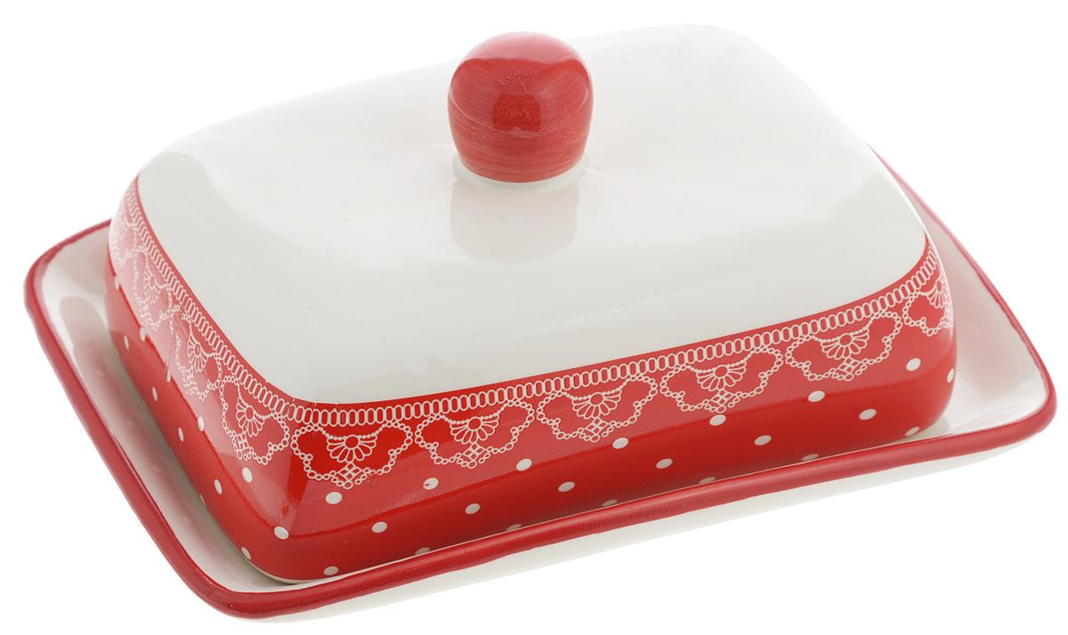 Масленка Loraine Красный узор25812Масленка Loraine Красный узор, выполненная из высококачественного доломита в виде подносас крышкой, станет не заменимым помощником на вашей кухне. Изделие оформлено яркими узорами и имеет изысканный внешний вид. Масленка предназначена для красивой сервировкистола и хранения масла.Можно мыть в посудомоечной машине, использовать в микроволновой печи и холодильнике. Размер подноса: 17 х 12,3 х 2,5 см.Высота масленки (с учетом крышки): 8,5 см.