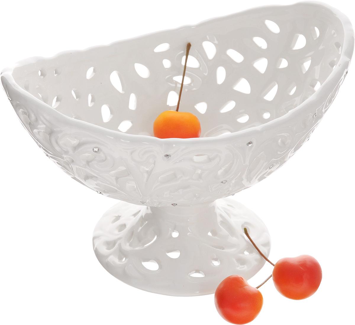 оригинальная посуда для десертов три пирамиды