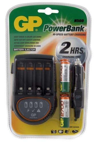 Аккумулятор + зарядное устройство GP PowerBank PB50GS270CA AA NiMH 2700 мАч, 4 штGP PB50GS270CA-2CR4Удобное зарядное устройство, которое можно использовать как дома, так и в автомобиле благодаря прилагаемому адаптеру для прикуривателя. Для каждого аккумулятора предусмотрен отдельный индикатор уровня заряда. В комплект входят 4 аккумулятора AA по 2700 мАч.