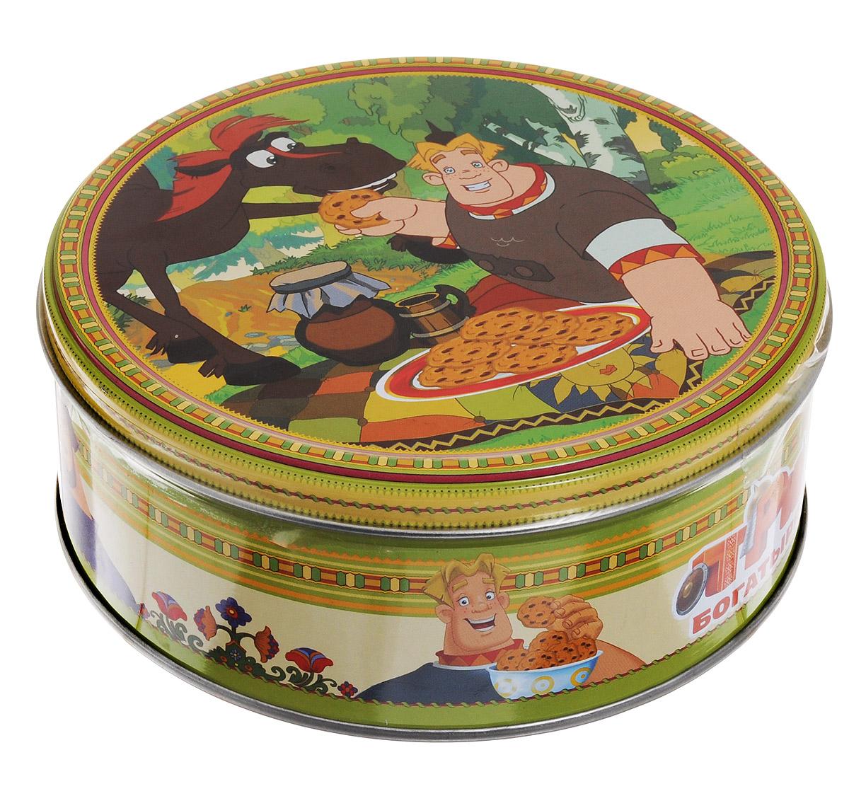 Три богатыря Юлий печенье сдобное с кусочками шоколада, 150 г4600416016891_коньМиньоны – это суперпопулярные забавные желтые существа, ставшие известными благодаря мультфильмам Гадкий я и Гадкий я – 2.Натуральный состав, узнаваемые персонажи и яркий дизайн подарочных банок делают печенье Миньоны отличным подарком для широкой возрастной категории их поклонников.