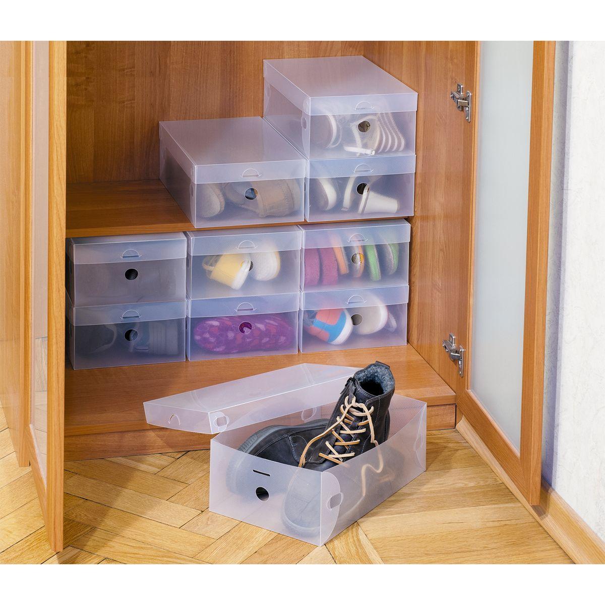 Набор коробок для хранения обуви Tatkraft Glasgow, 10 шт16118Tatkraft GLASGOW Набор из 10 пластиковых коробок для хранения обуви. Полупрозрачный пластик позволяет легко найти нужную пару, рифленая поверхность препятствует скольжению, удобная крышка, долговечный, износостойкий, не боящийся влаги и грязи материал, легко мыть. Легко хранить в сложенном виде если коробка не используется. Оптимальный размер: подходит для женской обуви на каблуках, мужских ботинок (до 48 размера). Размер: 34?21?13 см.