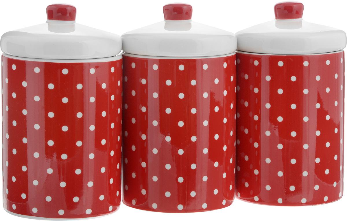 Набор банок для сыпучих продуктов Loraine Красный узор, 400 мл, 3 шт. 2586225862Набор Loraine Красный узор состоит из трех банок, изготовленных из доломита высокого качества. Банки оснащены крышками. Гладкая и ровная поверхность обеспечивает легкую чистку. Изделия подходят для хранения сыпучих продуктов: круп, чая, специй, орехов, сахара, сухофруктов, соли и многого другого.Изысканный и утонченный дизайн сделает такие банки не просто емкостью для сыпучих продуктов, а настоящим предметом декора, который стильно дополнит ваш кухонный интерьер.Подходят для использования в микроволновой печи и холодильнике. Можно мыть в посудомоечной машине.Объем банки: 400 мл. Диаметр (по верхнему краю): 8 см.Высота банок (без учета крышки): 11 см.