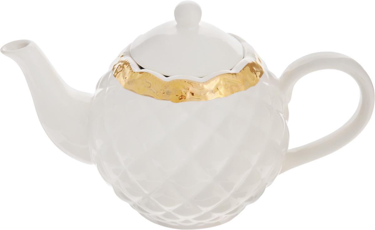 Чайник заварочный Patricia Вивиана, 1,04 лIM18-0211Заварочный чайник Patricia Вивиана, изготовленный из высококачественного фаянса, имеет рельефную поверхность и декорирован золотистым кантом в виде изящных цветов.Заварочный чайник Patricia Вивиана поможет заварить крепкий ароматный чай и великолепно украсит стол к чаепитию. Не рекомендуется мыть в посудомоечной машине и использовать в микроволновой печи. Диаметр чайника (по верхнему краю): 8 см. Высота чайника (без учета крышки): 12 см.