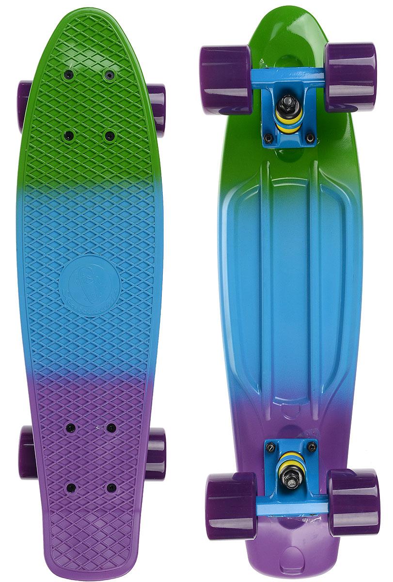 Скейтборд пластиковый Fish, цвет: зеленый, голубой, фиолетовый, дека 56 х 15 смTLS-401M_TM010Пенни борд Fish подходит для начинающих райдеров, на нем можно кататься в парках, на улице, площадках, с горок, можете добираться на нем до места работы или учебы. Несмотря на небольшие размеры, пенни развивает большую скорость и отлично лавирует. Скейт имеет небольшую длину и маленький вес, поэтому его можно убрать в рюкзак или сумку, нести в руках, он легкий и небольшой. Дека выполнена из высококачественного прочного пластика. Специальный выпуклый рисунок в виде сетки предотвращает скольжение. Подвеска - прочный алюминий. Полиуретановые колеса обеспечивают хорошее сцепление с поверхностью, быстрый разгон и торможение.