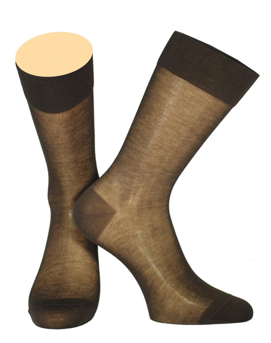 Носки мужские Collonil, цвет: черный. 141/01. Размер 42-43141/01Мужские носки Collonil изготовлены из мерсеризованного хлопка.Носки с удлиненным паголенком. Широкая резинка не сдавливает и комфортно облегает ногу.