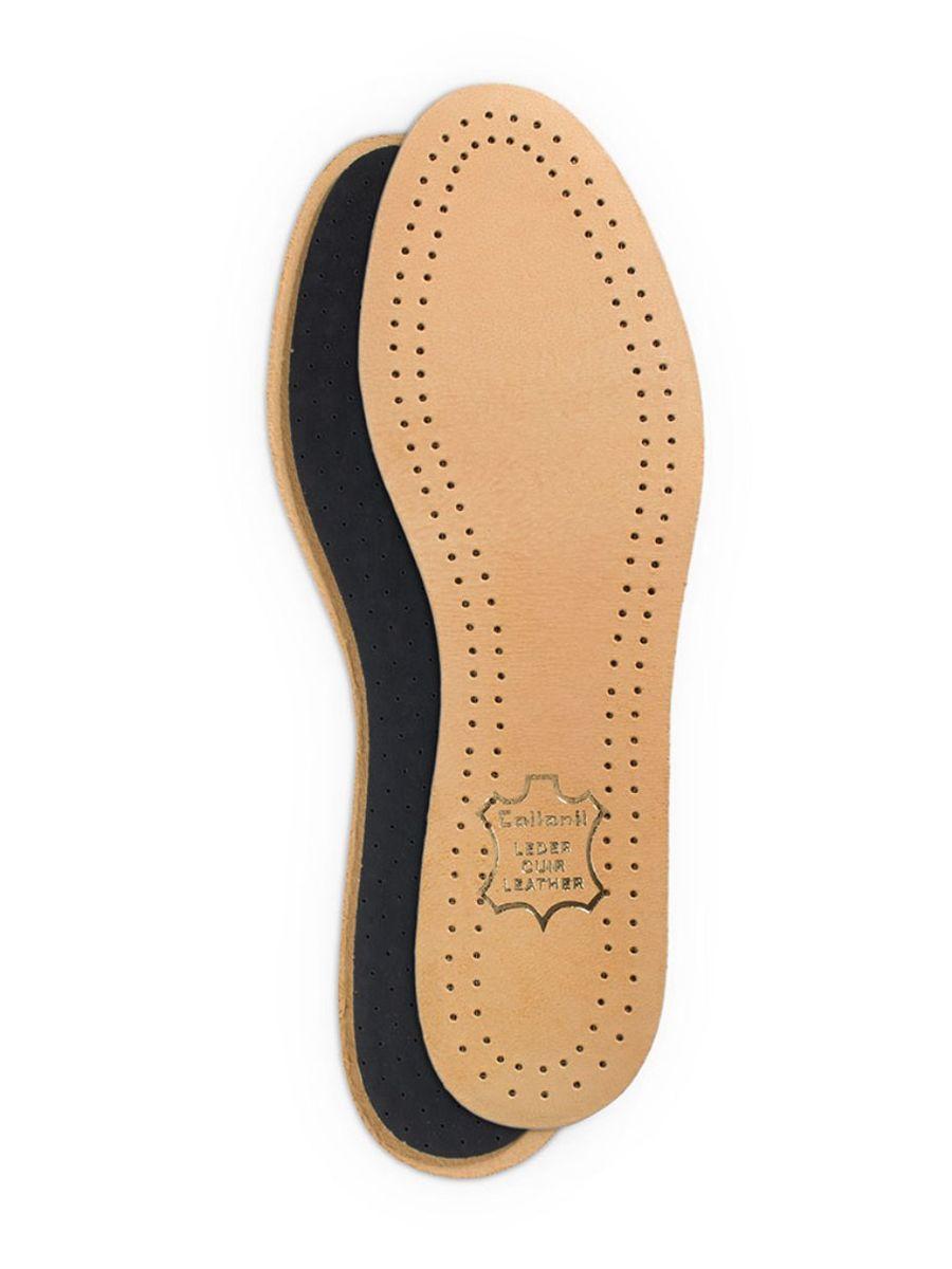 Стельки для обуви Collonil Luxor, с латексной основой, 2 шт. Размер 259011 250Стельки Collonil Luxor изготовлены из натуральной кожи с основой из латекса и фильтром из активированного угля. Прекрасно впитывают влагу и нейтрализуют неприятные запахи. Дополнительная перфорация гарантирует лучшую циркуляцию воздуха. Стельки обеспечивают мягкость и комфорт при ходьбе, а также дарят приятное ощущение сухости ног в обуви.Размер: 25.Количество: 2 шт.