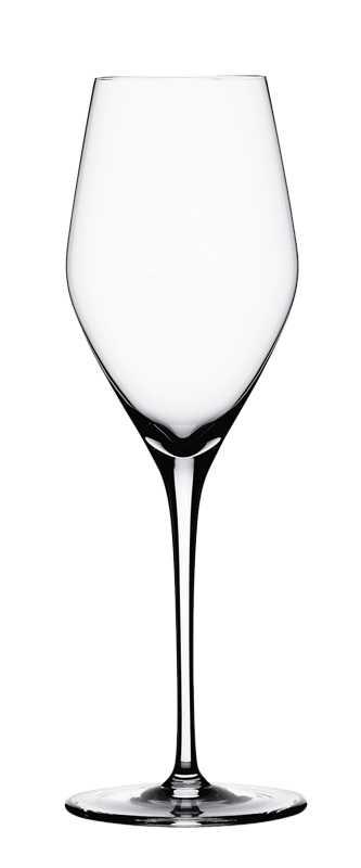 Набор бокалов для шампанского Spiegelau Аутентис, 270 мл, 4 шт4400185Набор Spiegelau Аутентис включает 4 бокала дляшампанского. Бокалы выполнены из специального стекла. Вэтом стекле содержится платина и присутствует всего лишь5% оксида свинца, намного меньше, чем в традиционномхрустале - и это благотворно сказывается на вкусе напитка.Бокалы изящные, тонкие, легкие и очень прочные, онивыдерживают более тысячи циклов в посудомоечной машине,не боятся легких ударов и падений с небольшой высоты. Иххарактерный благородный блеск не подвластен времени. Благодаря превосходным характеристикам и высокому статусуведущие рестораны мира отдают предпочтение немецкоймарке Spiegelau (Шпигелау). Высота бокала: 22 см.Диаметр бокала: 7 см.