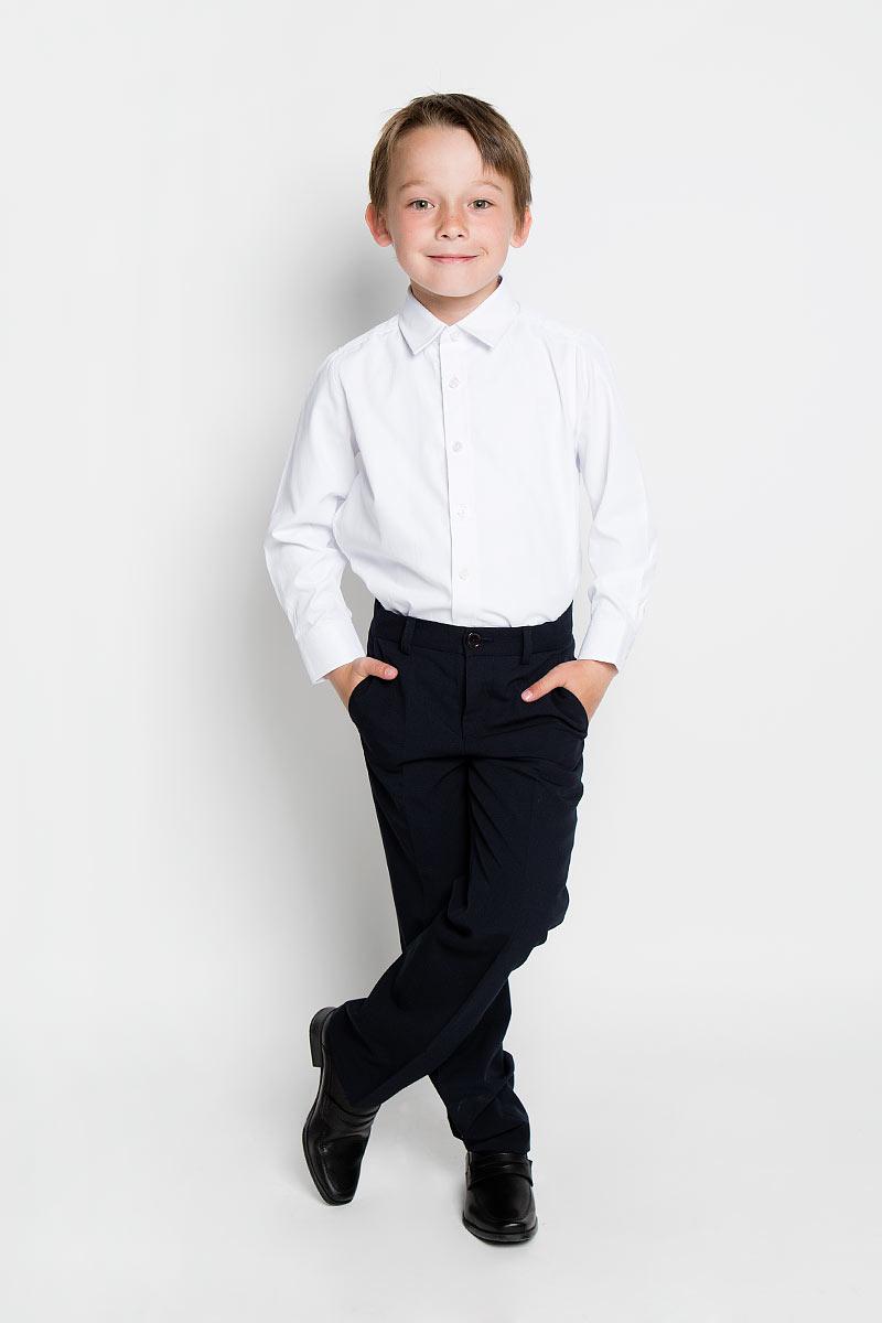 Рубашка для мальчика Scool, цвет: белый. 363029. Размер 158, 13 лет363029Рубашка для мальчика Scool, выполненная из хлопка и полиэстера, отлично сочетается как с джинсами, так и с классическими брюками. Материал изделия мягкий и тактильно приятный, не сковывает движения и обладает высокими дышащими свойствами.Рубашка с длинными рукавами и отложным воротником застегивается спереди на пуговицы по всей длине. Модель имеет прямой силуэт. На манжетах также предусмотрены застежки-пуговицы.Современный дизайн и высокое качество исполнения принесут удовольствие от покупки и подарят отличное настроение!