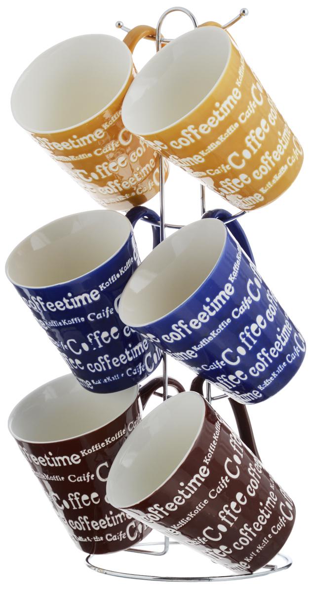 Набор кружек Loraine, цвет: синий, желтый, коричневый, 7 предметов. 2466224662_синий, желтый, коричневыйНабор Loraine состоит из 6 кружек и подставки.Кружки выполнены из высококачественной керамикис глазурованным покрытием. Теплостойкие ручки непозволяют обжечь руки вовремя чаепития. Для хранения кружекпредусмотрена металлическая подставка с удобнойручкой для переноски.Яркий дизайн и качество исполнениясделают такой набор замечательнымприобретением для вашей кухни.Можно использовать в микроволновой печи и мытьв посудомоечной машине.Диаметр кружки (по верхнему краю): 9 см.Высота кружки: 10 см.Объем кружки: 340 мл.Высота подставки: 38 см.