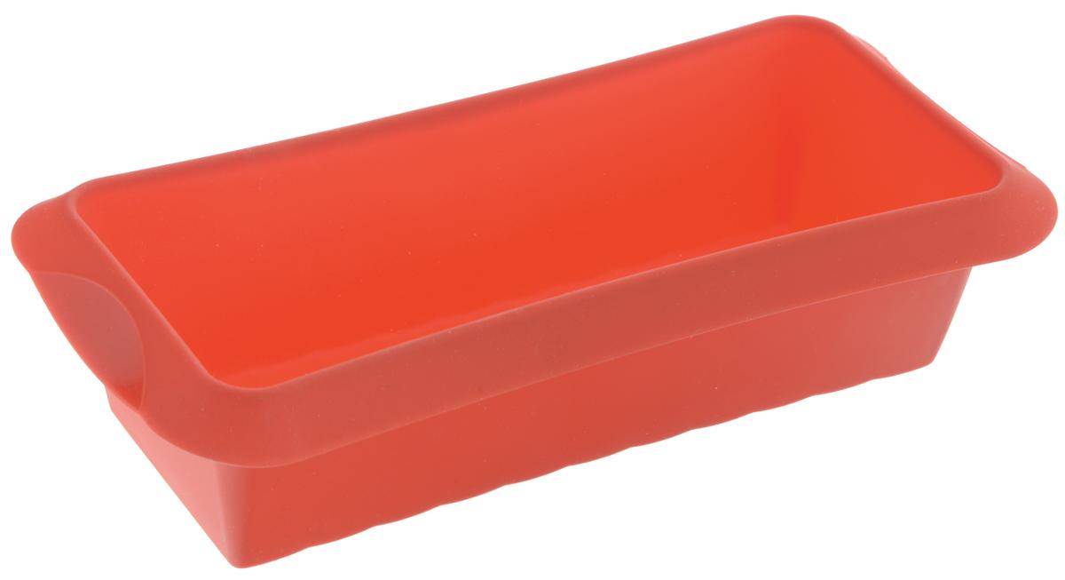 Форма для выпечки кекса Lekue, силиконовая, цвет: красный, 24 х 10 см1210524R01M033Форма Lekue, выполненная из высококачественного силикона, предназначена для изготовления кексов и другой выпечки. С помощью формы любой день можно превратить в праздник и порадовать своих близких.Силиконовые формы выдерживают высокие и низкие температуры от -40°С до +220°С. Они эластичны, износостойки, легко моются, не горят и не тлеют, не впитывают запахи, не оставляют пятен. Силикон абсолютно безвреден для здоровья. Изделие подходит для использования в духовке и микроволновой печи. Не используйте моющие средства, содержащие абразивы. Можно мыть в посудомоечной машине.Внутренний размер формы: 24 х 10 см.Размер формы (с учетом ручек): 28 х 13 см.Высота стенки формы: 7 см.
